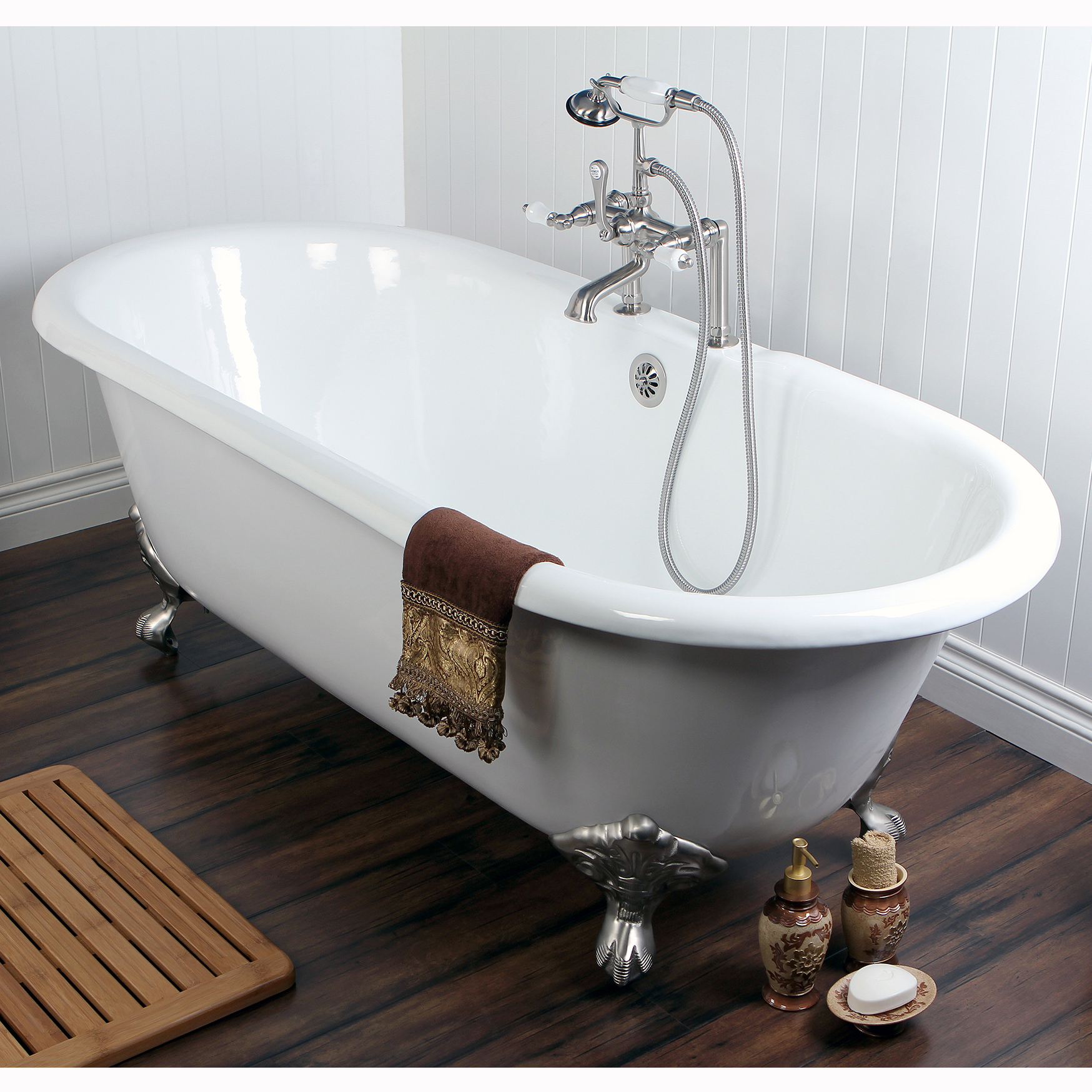 Beautiful clawfoot tubs platinum bath for Claw foot soaker tub